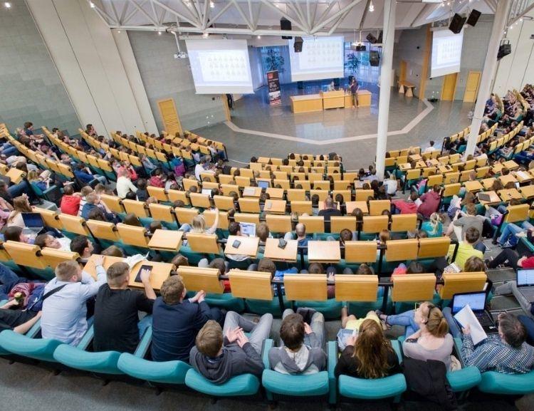 Konference Rozvoj a inovace finančních produktů 4. 6. 2021